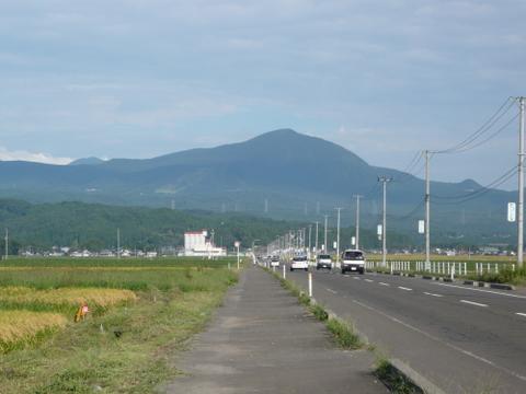 泉ヶ岳全景-1.JPG