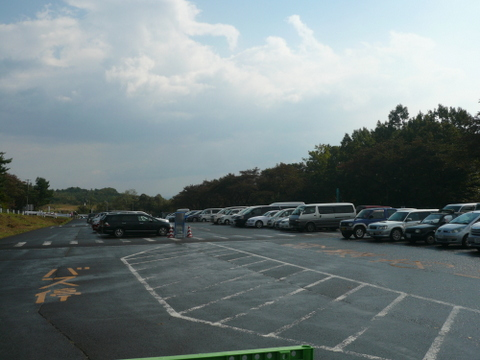 泉ヶ岳大駐車場.JPG