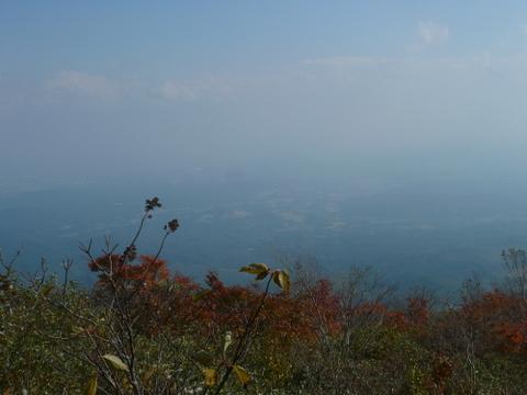 泉ヶ岳頂上付近からの景色.JPG