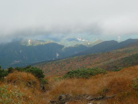 須川コースから見た紅葉-1.JPG